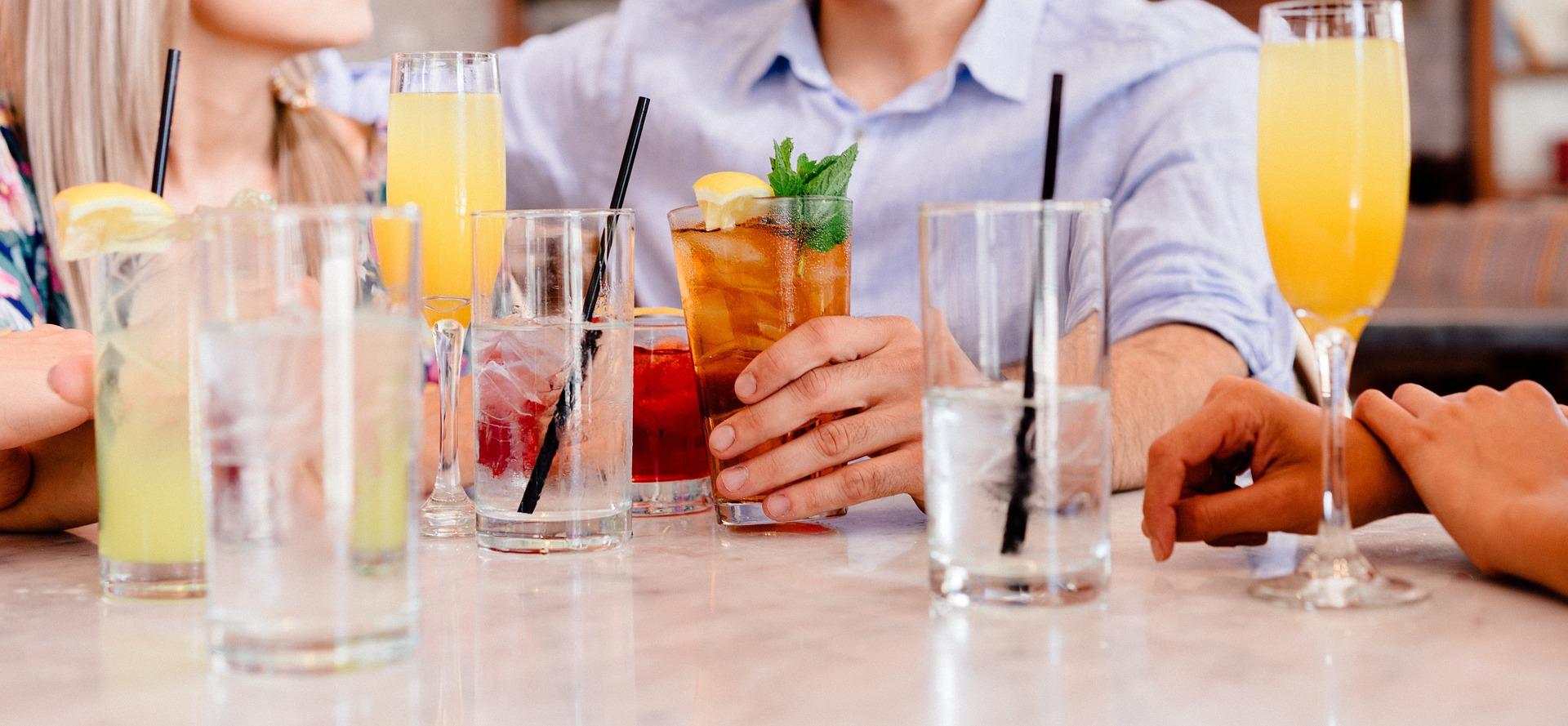 cocktail-amis-soirée